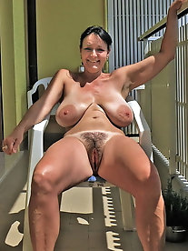 Young-looking experienced MILF seems excited