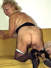 Older cuties are taking off their panties