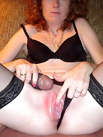 Older babe wants to blowjob the boyfriend