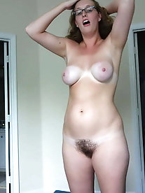 Skillful older momma having perfect breasts