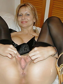 Charming old women are baring it all on pix
