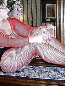 Milfs in Pantyhose 003
